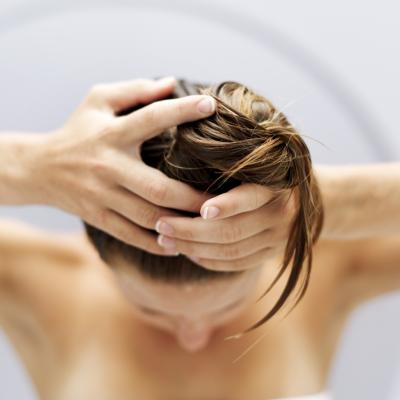 Treating hair loss with tea tree oil